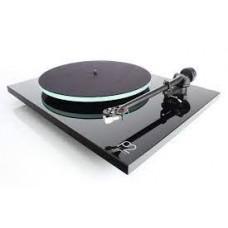 Planar 2 Black Turntable : Rega (DJ Equipment)